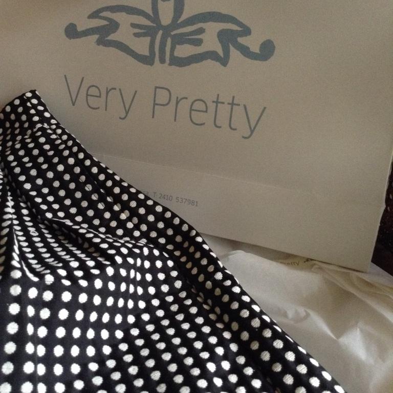 Very Pretty - Larisa