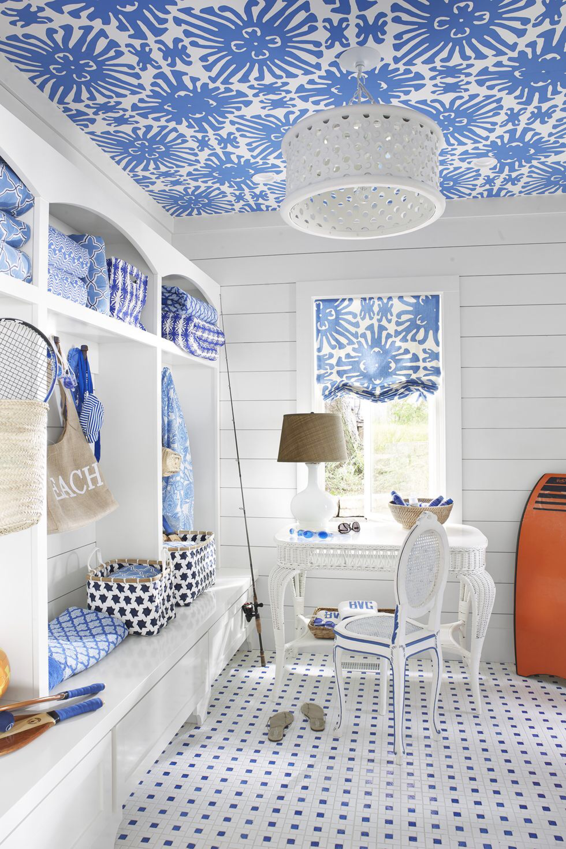 Article_from_House_Beautiful_summer_home_in_Ludington_Michigan_decor_decoration_blue_white_beach_decor_interiors_and_more_vacations.jpg
